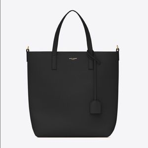 Saint Laurent Toy Leather Tote
